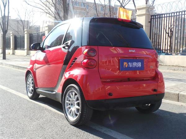 smart fortwo(进口) 11款 52kw mhd 硬顶 燃橙版